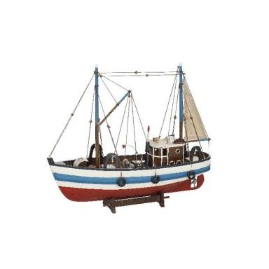 Barco De Pesca Antiguo Colores